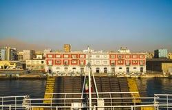 Morgonsikt av hamnen av Naples Royaltyfri Fotografi