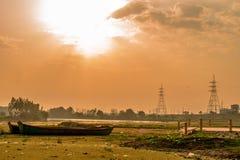 Morgonsoluppgång Lucknow royaltyfria bilder