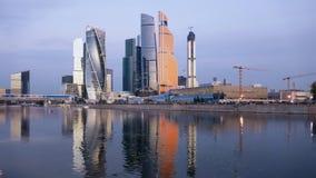 Morgontimelapse av mitten för Moskvastadsaffär stock video