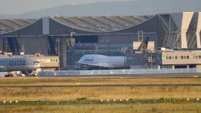 Morgontrafik i Fraport arkivfilmer