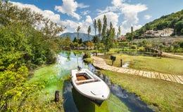 Morin en la bahía de Boka Kotorska montenegro Foto de archivo libre de regalías