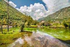 Morin nella baia di Boka Kotorska montenegro fotografia stock libera da diritti
