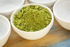 Moringa-Blattpulver Stockbild