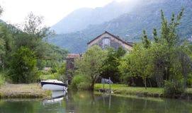 Morinj το καλοκαίρι, Boka Kotorska, Μαυροβούνιο στοκ φωτογραφία με δικαίωμα ελεύθερης χρήσης