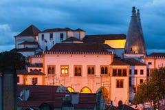 Morisk slott på natten Arkivfoto