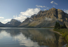 Morning at Bow Lake in Canadian Rockies Royalty Free Stock Photography