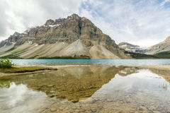 Morning calm Bow Lake, Banff National Park, ALberta, Canada Royalty Free Stock Photos