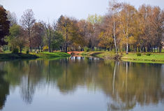 Morning in the city park Royalty Free Stock Photography
