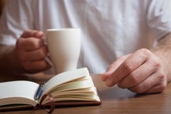 Morning coffee and plans for the day Royalty Free Stock Photos