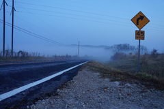 Morning fog over highway Royalty Free Stock Images