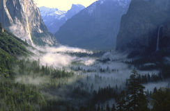 Morning fog over Yosemite Valley Royalty Free Stock Image