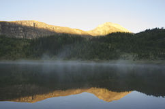 Morning Mist, Mountain Lake, Banff National Park Stock Photo