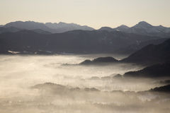 Morning mist in mountains Royalty Free Stock Photography