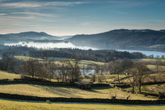 Morning mist over Windermere Lake Royalty Free Stock Photos