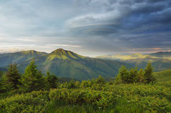 Morning in the mountains with a stormy sky Royalty Free Stock Photos