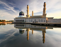Morning reflection of Likas mosque Stock Images