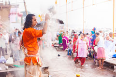 Morning ritual, Dashaswamedh Ghat Stock Photos