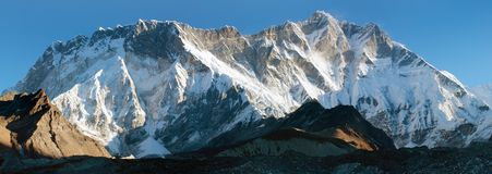 Morning view of southern face of lhotse and nuptse Stock Photography