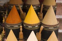 moroccan krydda för marknad Arkivfoton