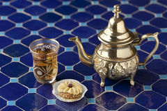 Moroccan tea and cookie Royalty Free Stock Images