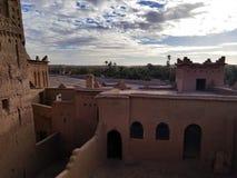Morocco's eftertraktade mest kasbah är denna århundradeunder för th 17 royaltyfri fotografi