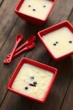 Morocho που μαγειρεύεται με το γάλα και τα καρυκεύματα Στοκ φωτογραφίες με δικαίωμα ελεύθερης χρήσης