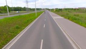 Mororbike-Bremsungs-Lufttrieb stock video