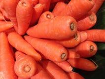 Morothuvud i grönsakmarknaden Arkivfoton