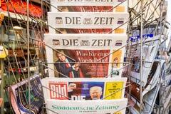 Morre Zeit, Bild, Suddeutsche Zeitung, Neue Burcher Zeitung, Taz a Imagem de Stock Royalty Free