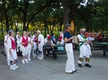 Morris-dansers bij een park in Minnesota royalty-vrije stock afbeeldingen