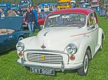 Morris 1000 mit rotem Dach Stockbild