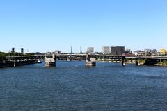 Morrison bro Portland, Oregon Fotografering för Bildbyråer
