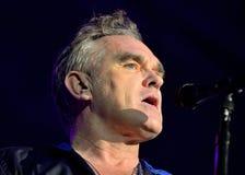Morrissey, der berühmte Lyriker und der Sänger des Rockbands die Schmiede, führt bei Sant Jordi Club durch (Ort) lizenzfreies stockfoto