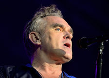 Morrissey, el autor famoso y el vocalista de la banda de rock los forjadores, se realiza en Sant Jordi Club (el lugar) Foto de archivo libre de regalías