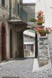 Morro Reatino, Italiaans dorp Stock Foto