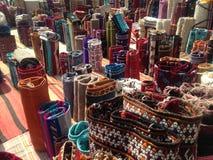 Morrocan-Teppiche auf Markt Stockfoto