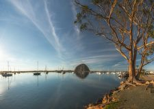 Morrorots en jachten bij Morro-Baai, Californië stock fotografie