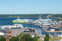 Morscy promy w pasażerskim porcie Tallinn Estonia Obraz Royalty Free