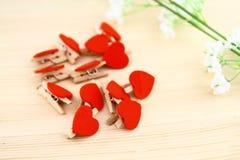 Morsetto rosso del cuore Fotografia Stock Libera da Diritti