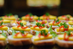 Morsi del formaggio & del prosciutto Fotografia Stock Libera da Diritti