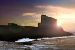 Morska łódź podwodna przy morzem podczas zmierzchu obrazy royalty free