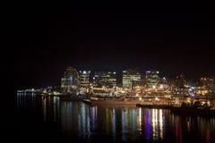 Morska baza przy nocą zdjęcia stock