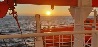 Morski wschód słońca, był bezpieczny pierwszy bezpiecznik obrazy royalty free