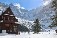 Morskie Oko - cabana da montanha foto de stock
