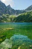 Morskie Oko w połysk Tatrzańskich górach Obraz Royalty Free