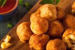 Morsures de Fried Mac et de fromage Photo libre de droits