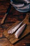Morszczuków ścierwa na tnącej desce zdjęcia stock