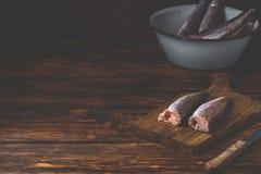 Morszczuków ścierwa na tnącej desce zdjęcia royalty free