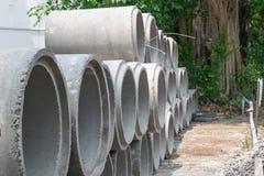 Mortaio di fossa o tubi del cemento Immagine Stock