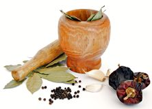 Mortar with bay leaves Royalty Free Stock Photos
